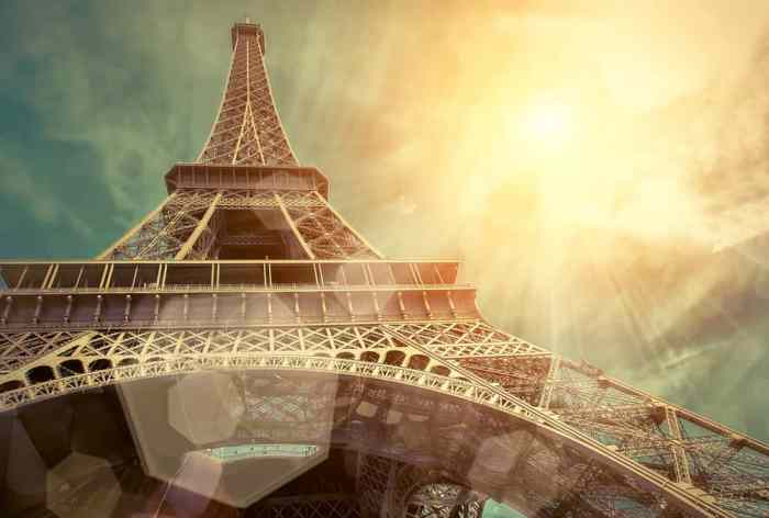 The eiffel tower is the most iconic of the beautiful places in Paris