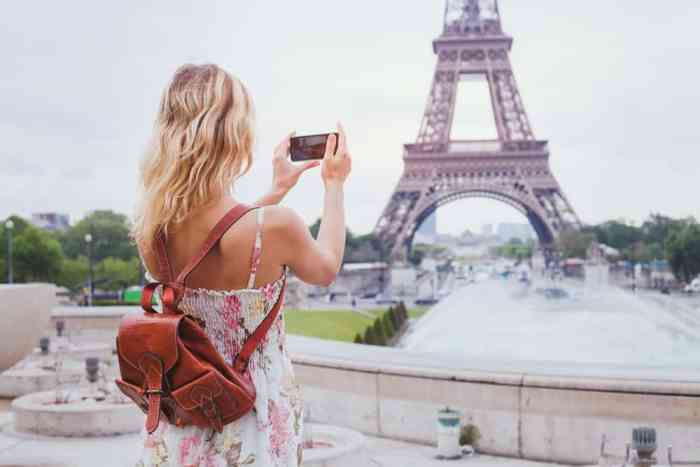 You'll want to add extra memory cards to your Paris packing list so you can snap all the photos of beautiful attractions such as the Eiffel Tower!