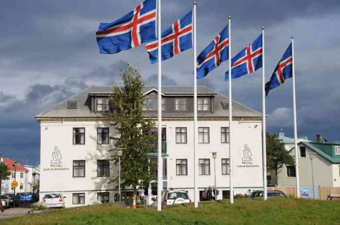 prices in Iceland for tourists staying at hotels