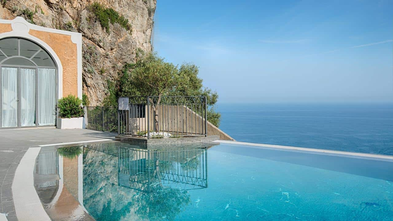 The infinity pool at Convento di Amalfi, Amalfi. It's where to stay on the Amalfi Coast.