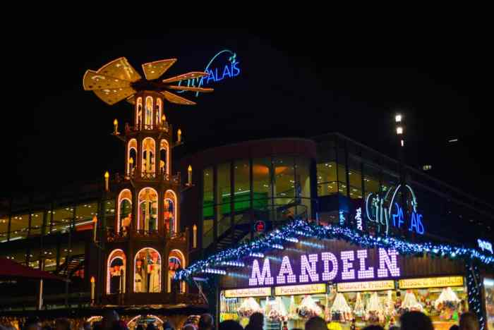 christmas markets in germany essen night view