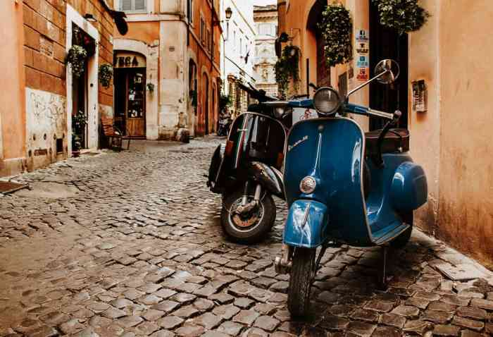 You can choose to rent a Vespa to get around Italy