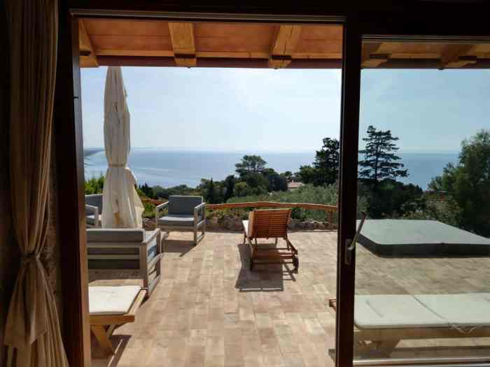 Lounge on the terrace at Villa Amelie