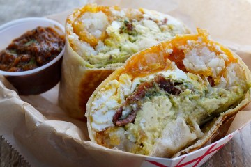 Follow My Gut, FMG, Danielle N. Salmon, foodie, blog, LA food blog, LA Foodie, food blog, restaurant blog, restaurant discovery, eateries, food porn, where to eat in LA, Los Angeles, Downtown LA, DTLA, food truck, The Rooster Truck, breakfast, breakfast burrito, burrito