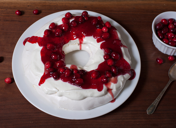 Cranberry Pavlova Wreath