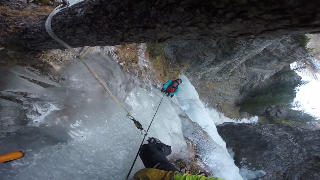"""Featured image for """"Cascate di ghiaccio – corso base"""""""