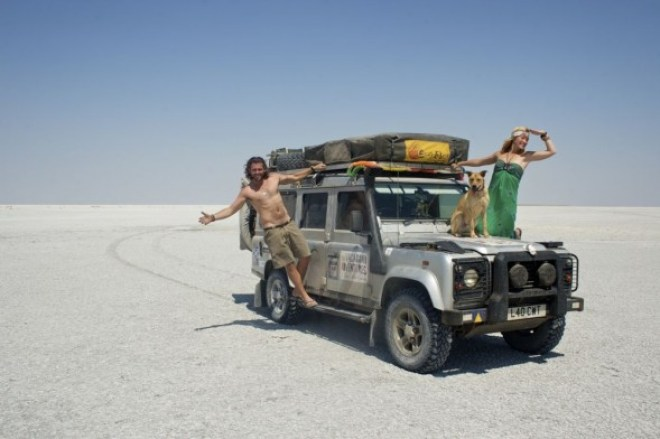 4-S-A-L-T-P-A-N.-Makgadikgadi-Pan-Botswana._-590x392