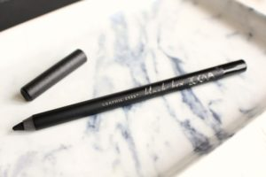 zoeva-graphic-eyes-waterproof-eyeliner-650x433