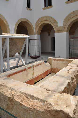 tomba dell'atleta nel museo di Ugento