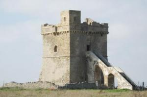 Torre Squillace verso il recupero