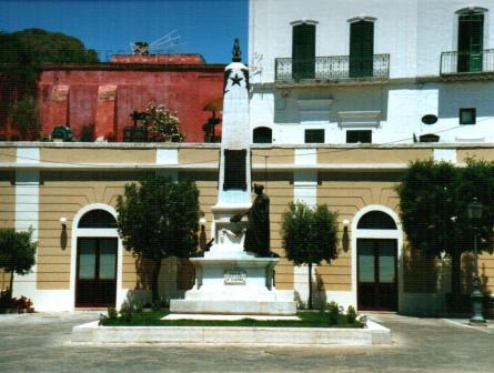Il culto dei caduti in Terra d'Otranto nelle opere di Antonio Bortone