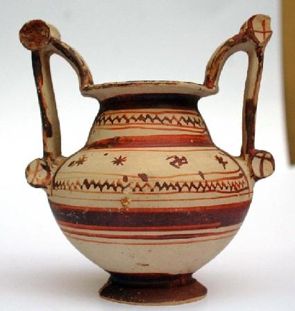 immagine tratta da http://win.tuttocasarano.it/cultura/trozzella_V_sec.a.c..jpg