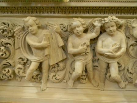 Casarano, Chiesa Maria SS. Annunziata, part. Altare di S. Giovanni Elemosiniere (ph Maura Lucia Sorrone)