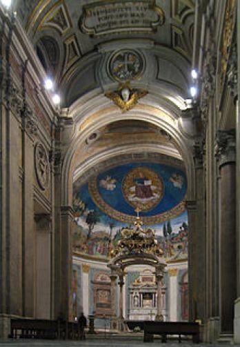 Interno basilica Santa Croce in Gerusalemme in Roma, tratto da commons.wikimedia.org