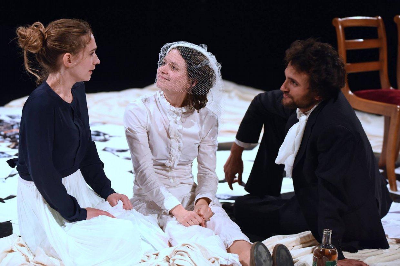 Teatro  tra traduzione e performance