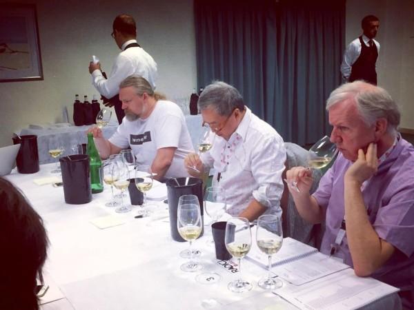 Gran botto di vini del Salento a Radici del Sud
