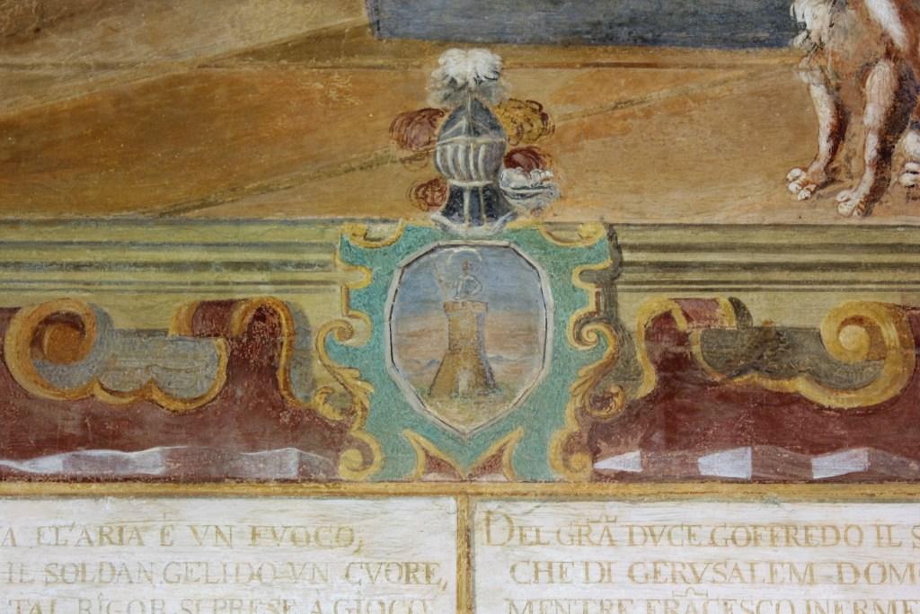 Galatina, chiostro della basilica di S. Caterina d'Alessandria, stemma dei Mory (ph R.G. Mele)
