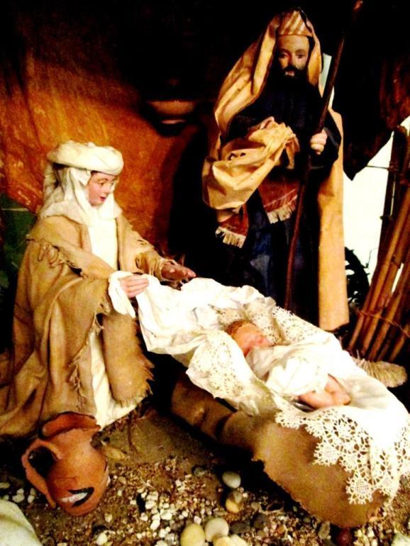 Natività (cartapesta di M. Grazia Presicce)