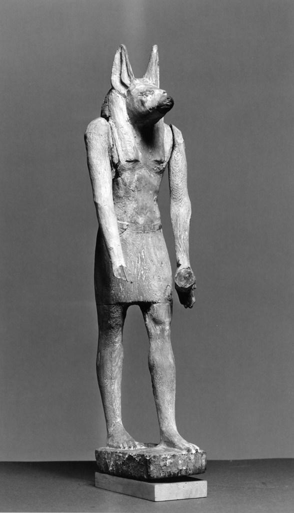 Statuetta lignea di Anubi risalente al VII secolo a. C. conservata nel Walters Art Museum a Baltimora