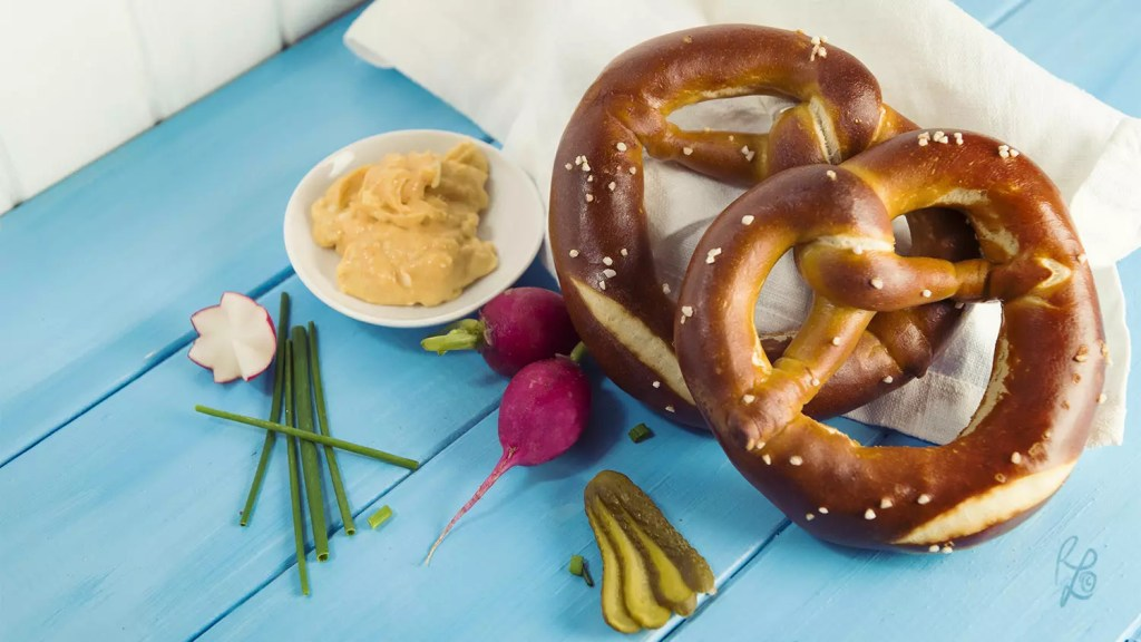 Simple carbohydrates can be found in processed food such as bread, e.g. pretzels.