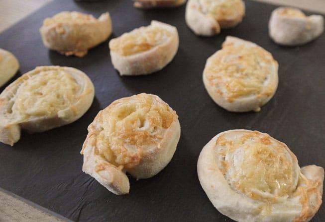Kaasbroodjes | Foodaholic.nl