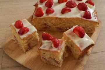 Aardbeienkwarkcake | Foodaholic.nl