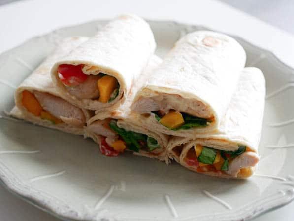 Zomerse wraps met kip en mango | Foodaholic.nl