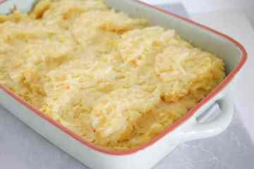 Zuurkoolschotel met ananas en rookworst | Foodaholic.nl