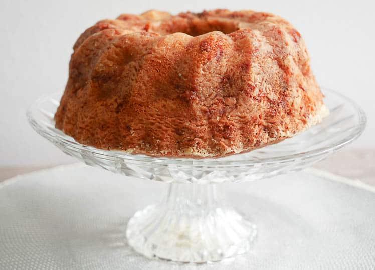 Appel kaneel rulbandcake | Foodaholic.nl