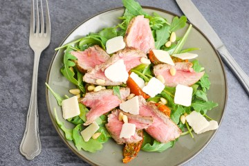 Salade met biefstuk | Foodaholic.nl