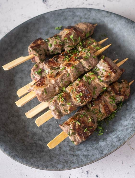 Biefstukspiesjes   Foodaholic.nl