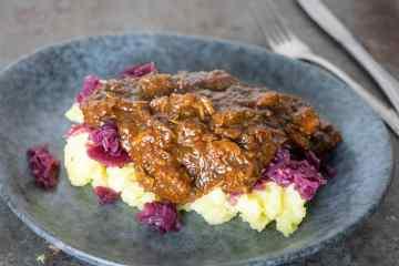 Hachee van kalfsvlees | Foodaholic.nl