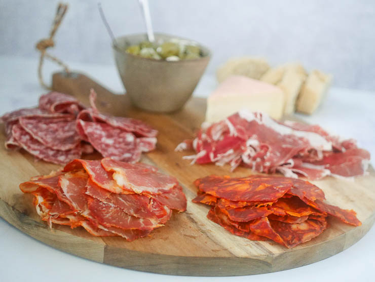 Spaanse borrelplank | Foodaholic.nl
