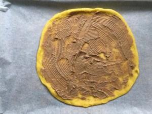 Broodster met kardemom en saffraan - vormen