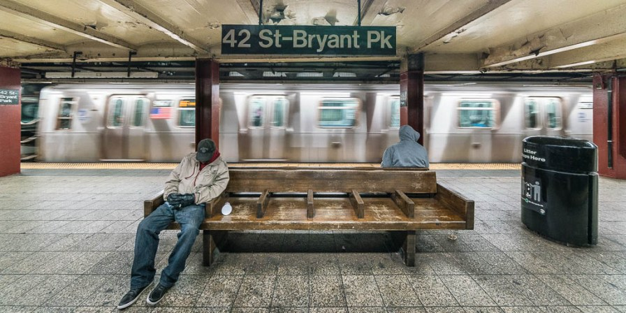Subway Station St-Bryant Park.