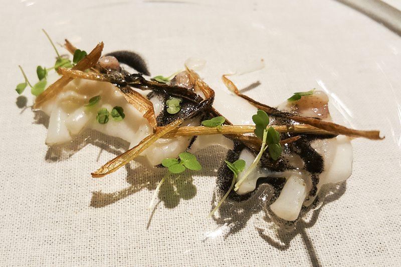 Cocotxes de calamar pil pil Manairó