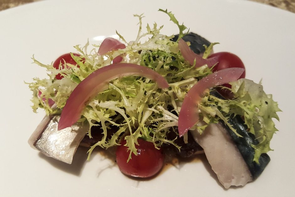Mackerel escabetx w. tomato and smoked aubergine Espai Sucre