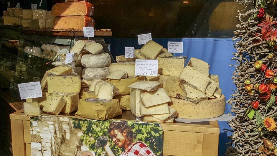 Viktualienmarkt  cheese