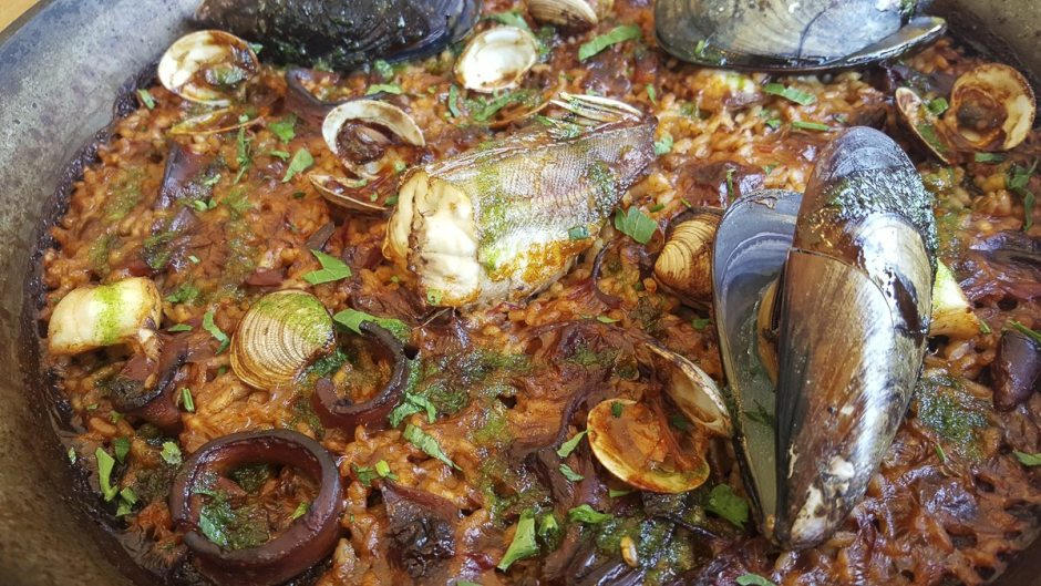 Seafood paella Barraca