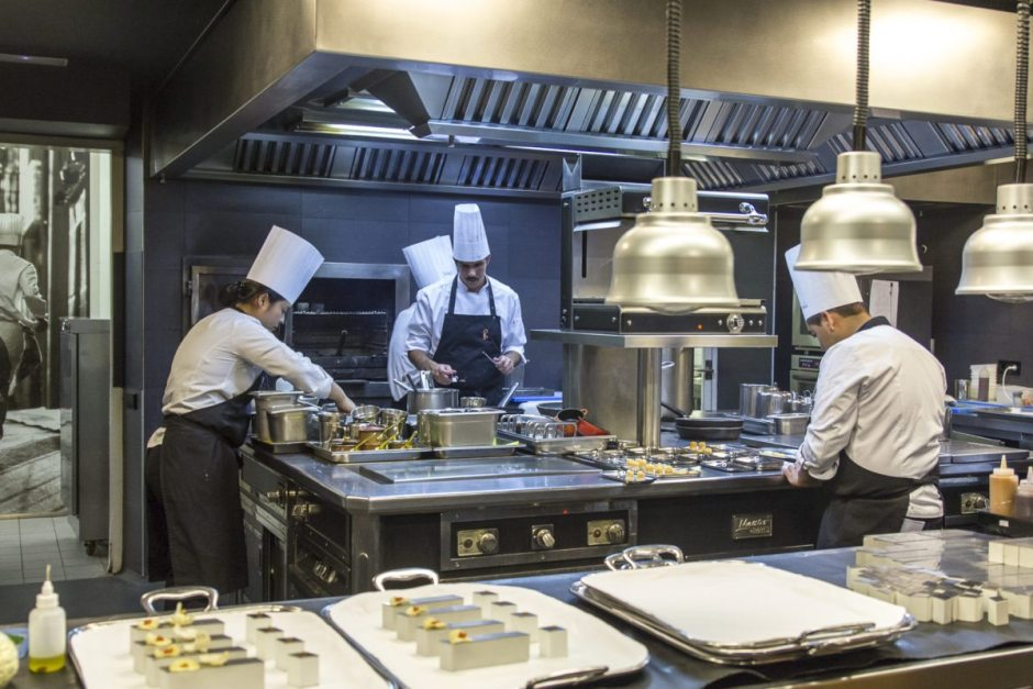 El Celler de Can Roca kitchens