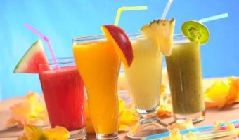 Watermelon-mango-pineapple-and-kiwi-juice-demo-wordspop-com