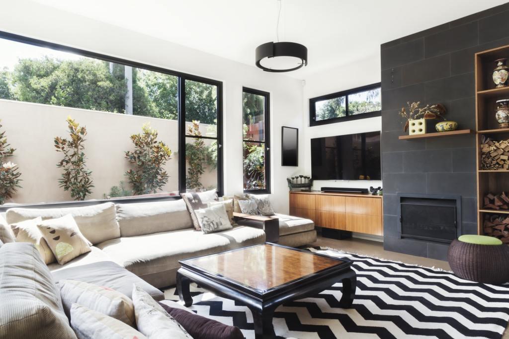 Real Estate Property Interior Photos