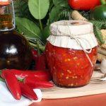 Peperoncino-tagliato-olio-santo-e1568845050936.jpg