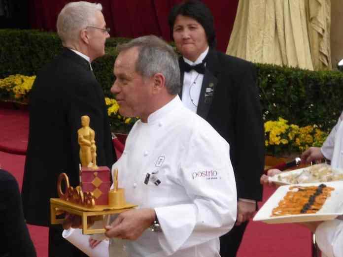 1024px Cook Wolfgang Puck at 2009 Academy Awards