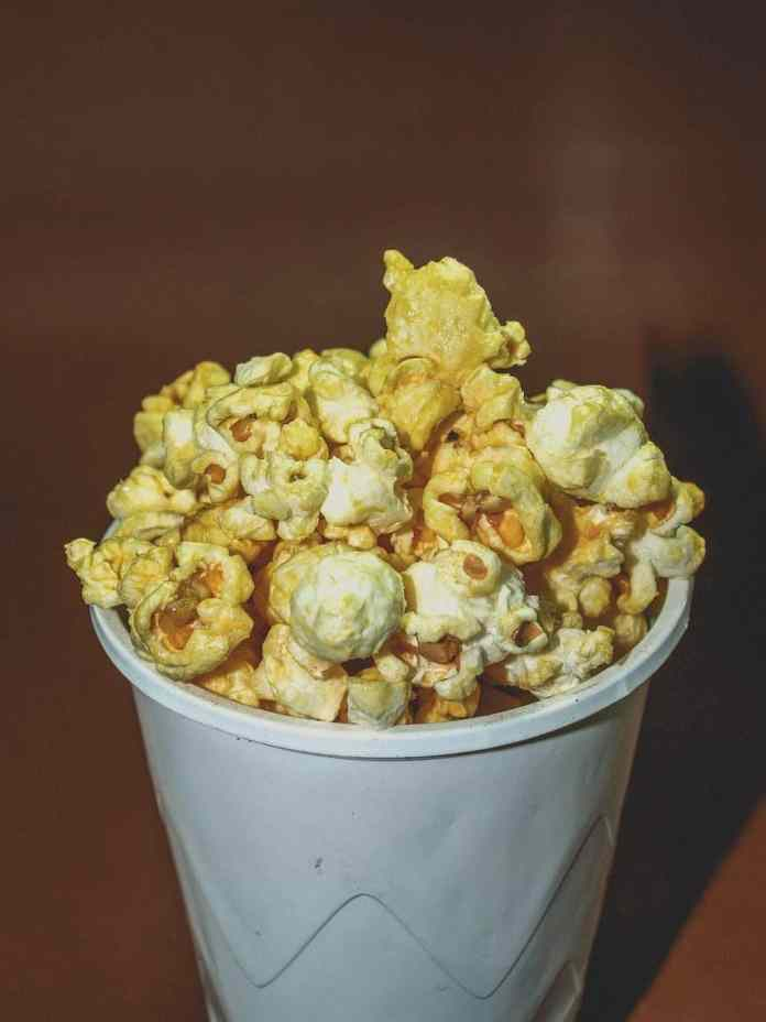 Quick Healthy Snack: Peanut Butter Popcorn Clusters