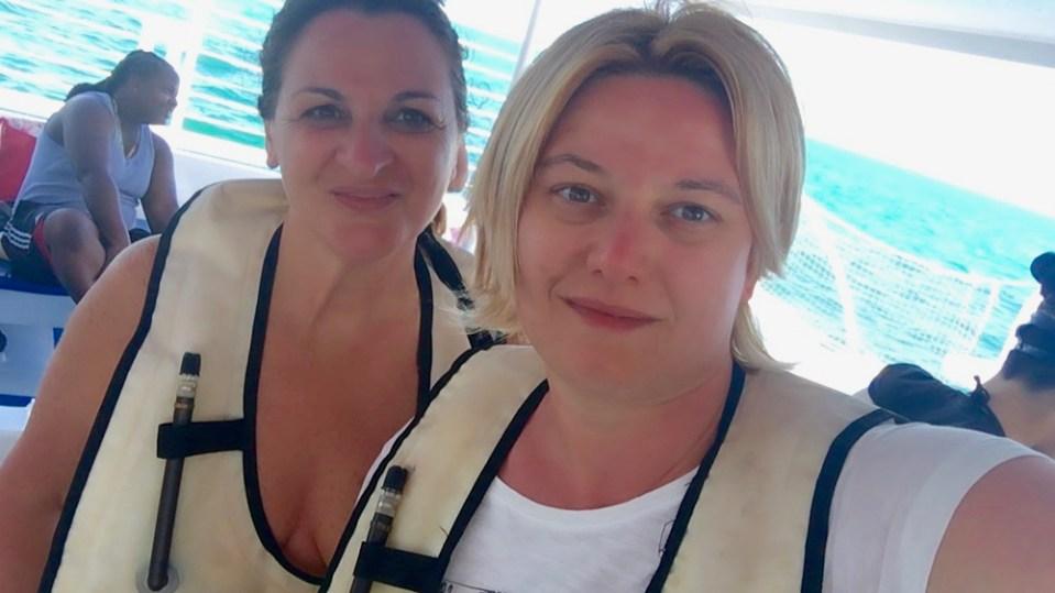 Moira e Raffaella sul catamarano si preparano allo snorkeling a Key West
