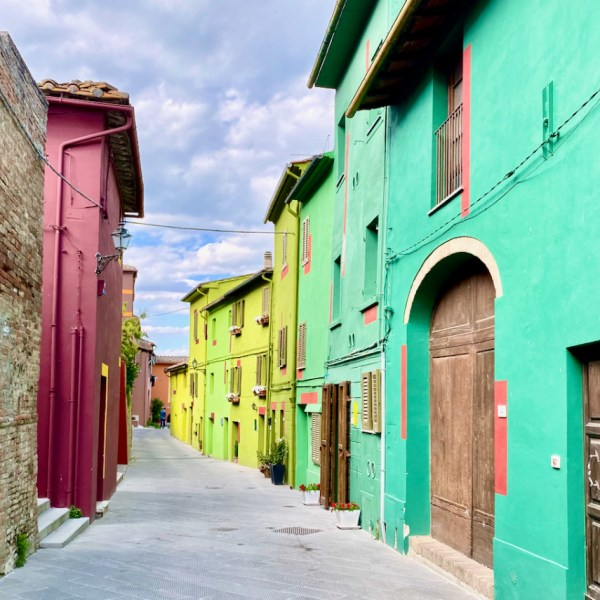 Ghizzano: il borgo colorato della Toscana