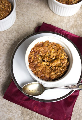 Brown Sugar & Molasses Baked Oatmeal {GF} - Food Faith Fitness