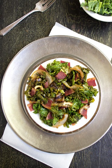 Turkey Bacon and Onion Kale Salad {GF and Low Carb} - FoodFaithFitness