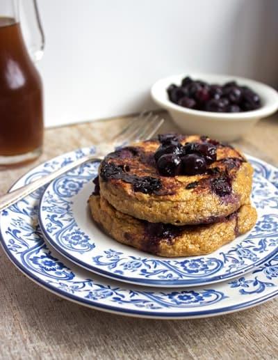 Oatmeal Blueberry Pancakes {GF} - Food Faith Fitness